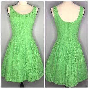 Lilly Pulitzer Women's Posey Green Daisy Lace 6